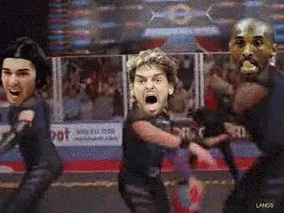 NBA搞笑GIF动图加索尔看着1好爽啊瓦莱乔菊相信的搞笑图片图片