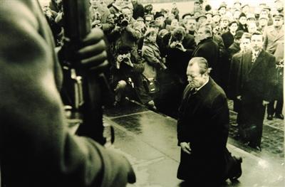 德国 大使忆反思二战 图 ,二战德国女纳粹图,二