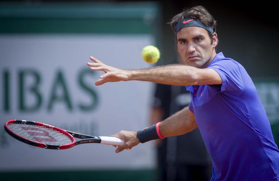 新华社照片,巴黎,2015年5月24日 (体育)(8)网球—法网首轮:费德勒战胜