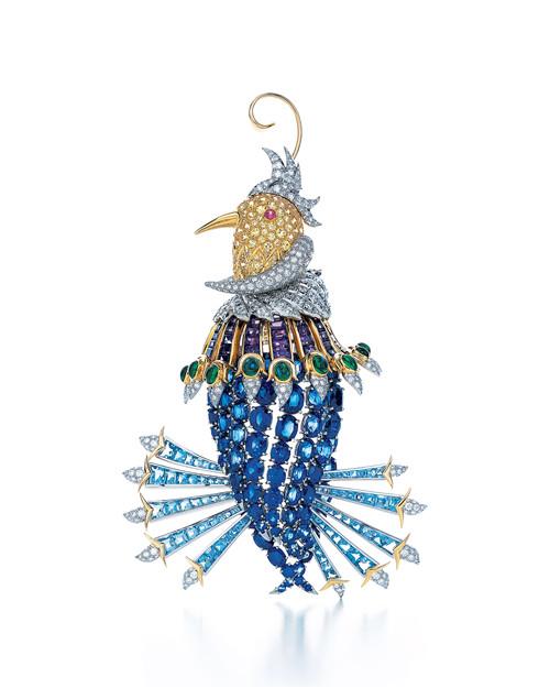 """""""天堂鸟""""(Oiseau de dis)胸针,镶嵌黄色绿柱石、紫水晶、祖母绿和蓝宝石"""