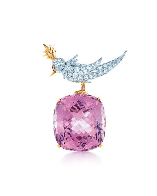 Bird on a Rock紫锂辉石和钻石胸针,由让·史隆伯杰为蒂芙尼专属创作
