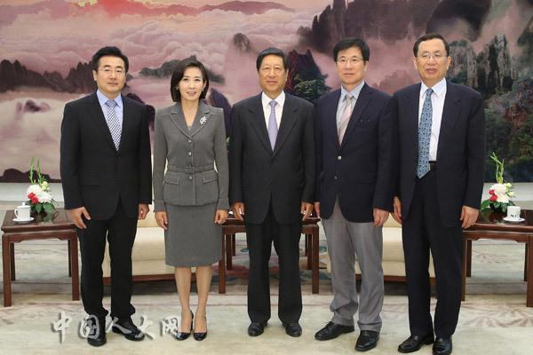 韩国国会外交统一委员会代表团访华(组图)