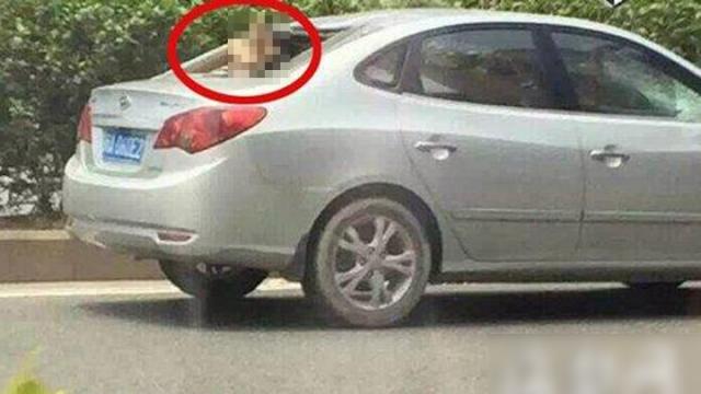 2015年6月2日,福建福州市,一骑单车女子被银色轿车撞倒,全部人被撞飞在半空,栽到车子后窗内,就地殒命。