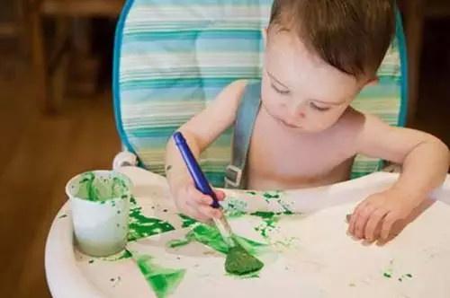 和1岁半宝宝讲不通_因此,绘画应该成为父母了解孩子,认识孩子的一种方式,一个通道,而不应