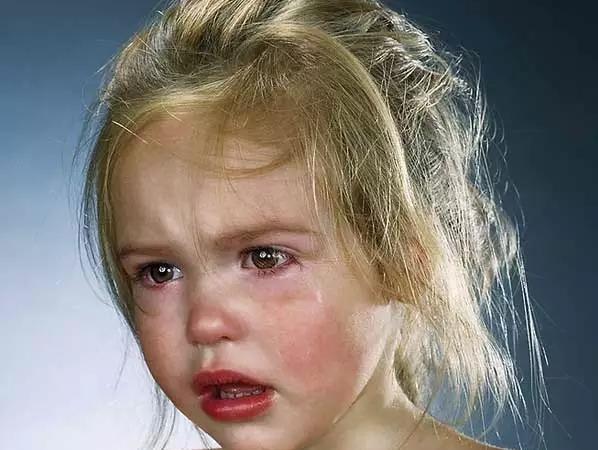 """""""哭""""对孩子多么重要 !"""