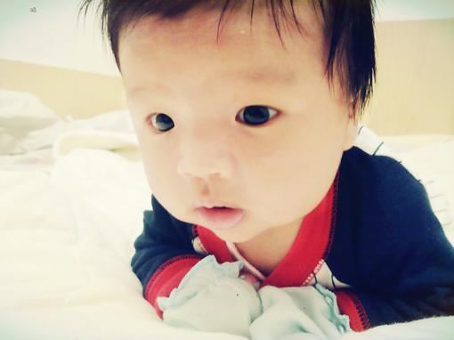 教你几招轻松解决宝宝吃夜奶的坏习惯图片