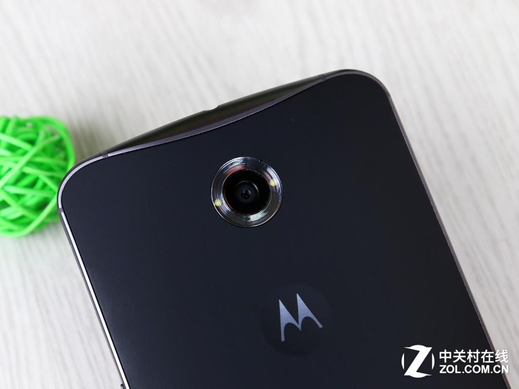 图为 Moto X Pro