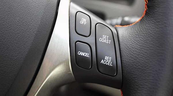 试驾东风风行景逸首款自动挡高性价比SUV_pk10如何将100玩到一万
