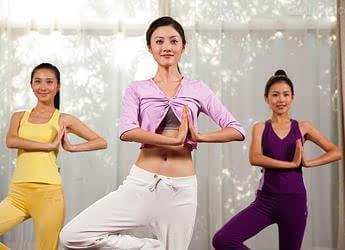 简单运动瘦身动作,快速减肥瘦身可以不吃早餐吗图片