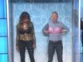 《艾伦秀第12季片花》S12E174 哈里·贝瑞玩游戏疯狂往内衣里塞钱