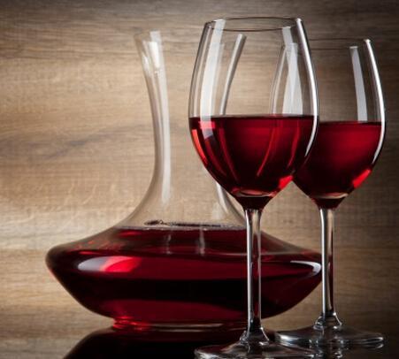 女性喝红酒有五大好处