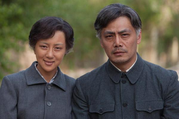 内地电视    搜狐娱乐讯 由著名导演高希希执导的军旅剧《奔腾年代》图片