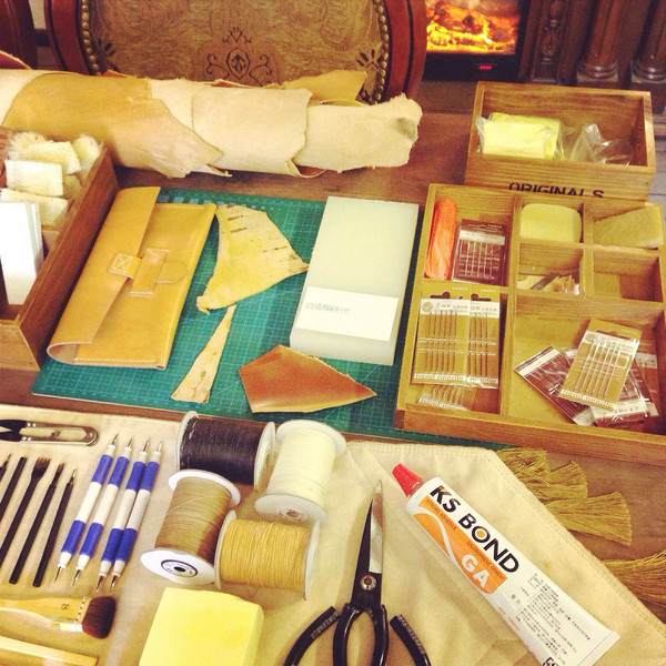 20手工皮具工作坊图片