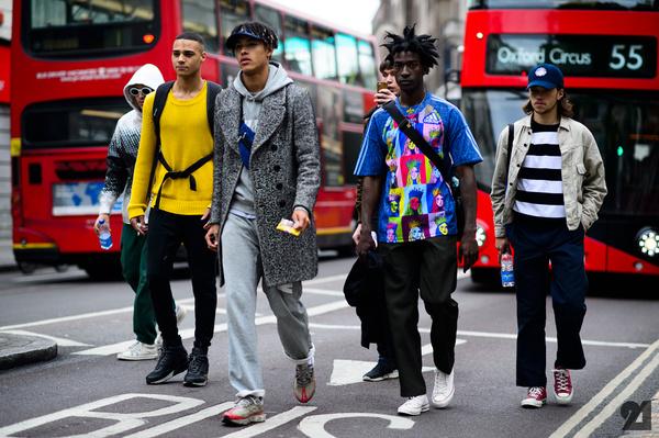 孔雀男怎么穿?伦敦男装周街拍精选