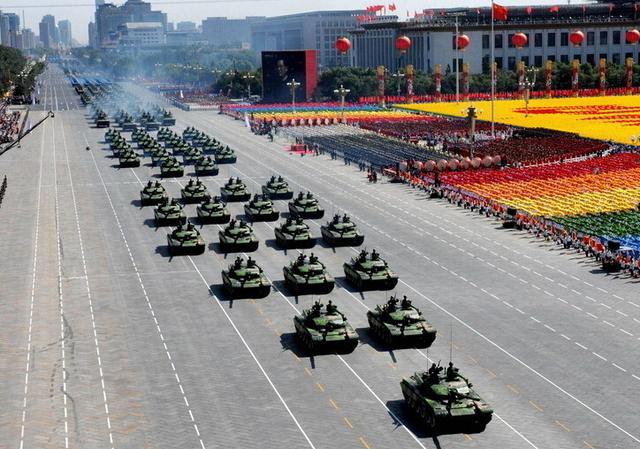 资料图:解放军阅兵式