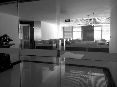 浩宸集团原办公地点已经人去楼空。