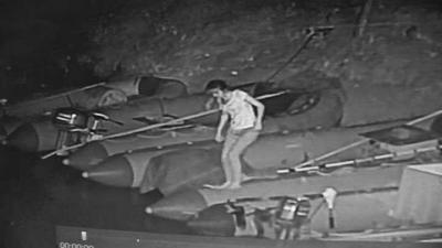 28岁女子跳入黄河前的瞬间监控画面