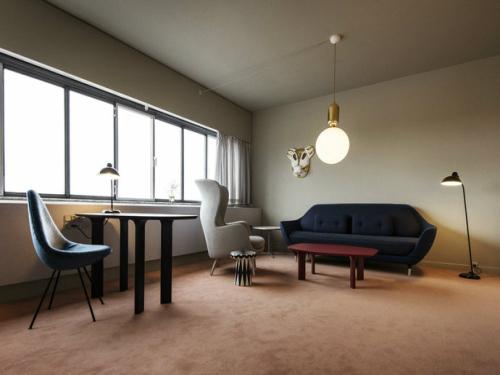 简简单单的欧式风格,显现的精简而干练   很简洁的客厅设计,不过却
