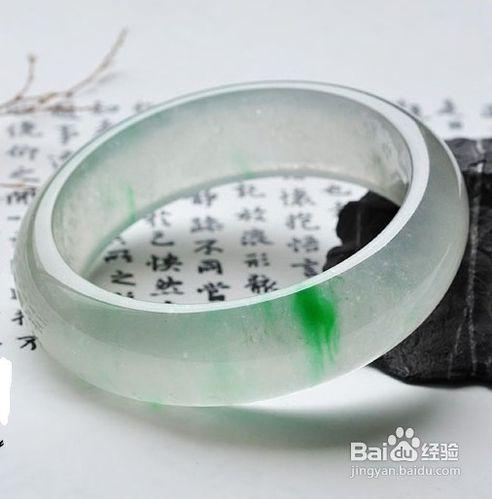 和田36克戈壁碧玉原石18万元南京成交。