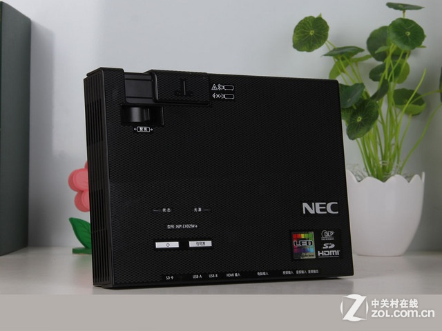 NEC L102W+ 外观图