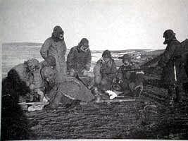 侵华日军正在实施的野外冻伤试验。