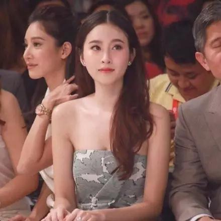 泰国最美变性人poy