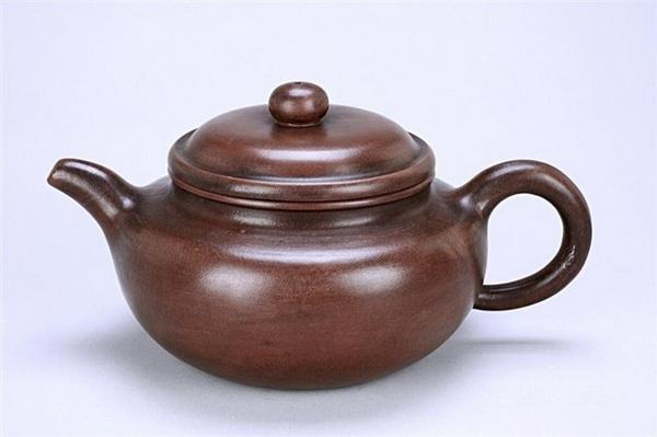 顾景舟早期制紫砂壶 必须全手工制作,作品设计过程中有好的题材和
