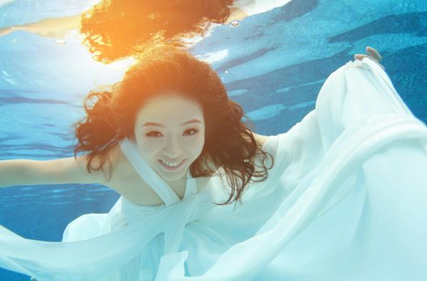 水下婚纱照金曼丽莎 摄影 帮你圆了美人鱼梦