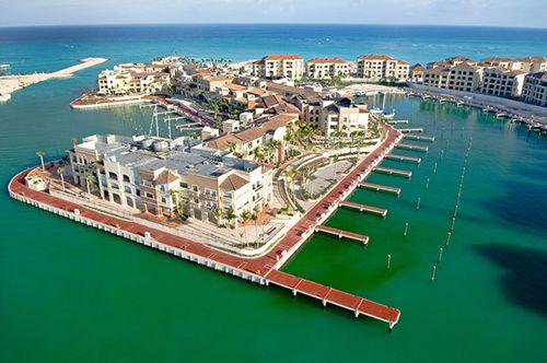 著名的蓬塔卡纳游艇码头
