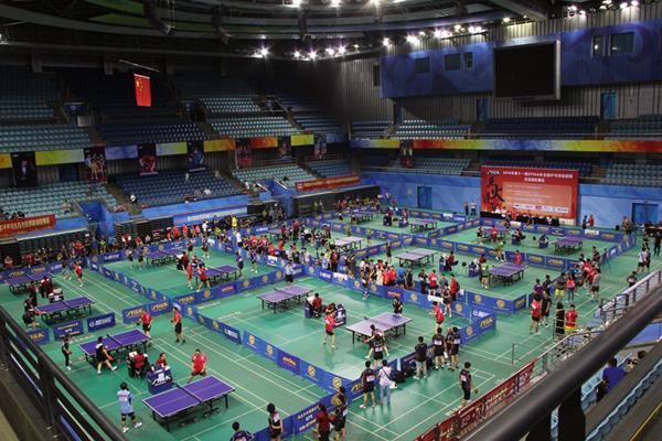 前组图世界助战斯帝卡杯乒乓球赛(冠军)2004年印度尼西亚羽毛球图片