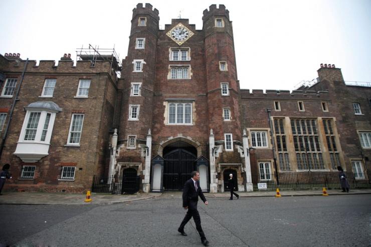 英国圣詹姆斯宫一套带4个卧室的房子下月将以每月2万英镑(约合19.