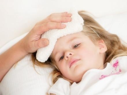 宝宝发烧怎么办 这些方法教你给宝宝降温