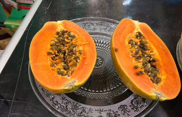 吃青木瓜能丰胸吗_木瓜怎么吃最好青木瓜怎么吃丰胸最快大图丰
