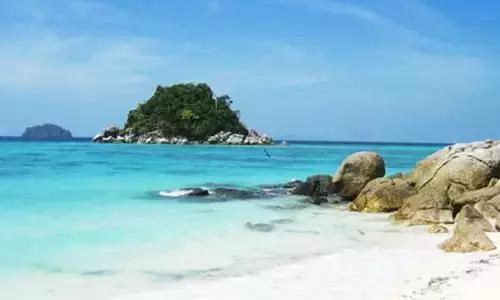 贝丽岛·原始海洋环境完好的新兴岛屿