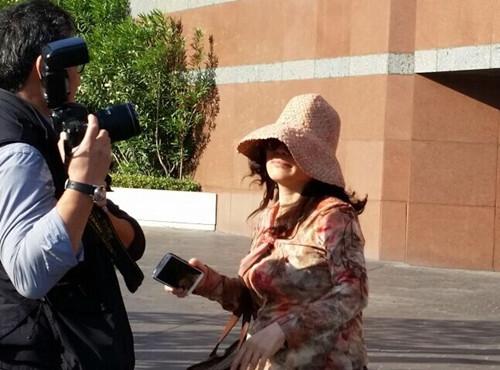 美国联邦法庭将赵世兰案推迟至明年4月审理,图为她月前出庭时。美国《世界日报》/张越 摄