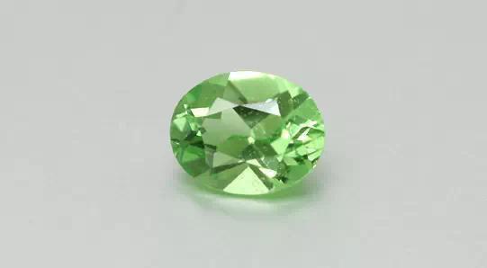 绿色石榴石