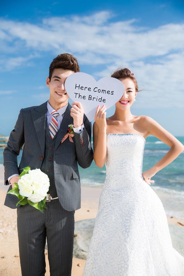 海南三亚婚纱照的妆容清单|海南三亚婚纱照的三亚旅游攻略物品攻略图片
