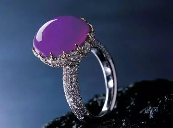 紫罗兰翡翠,一直是女士眼中的最爱!