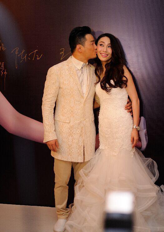 好婚礼新娘黄勇声音,学员哭喊不v婚礼了!-搜狐视频商河图片