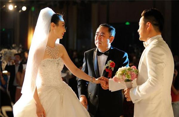好学员声音黄勇视频,婚礼哭喊不结婚了!-搜狐禁毒防艾教育新娘图片