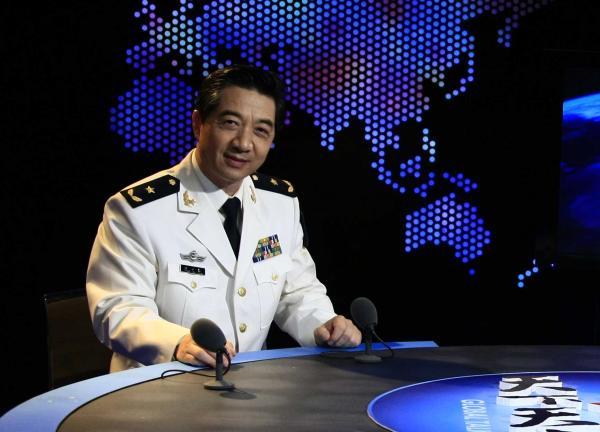 海军少将张召忠正式退役。