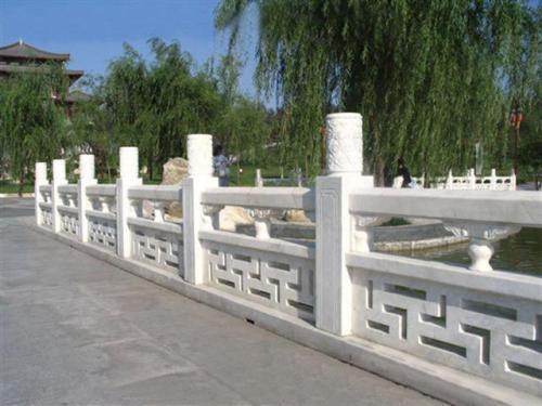 石雕栏杆栏板安装