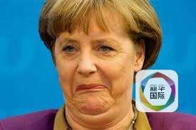 """新华网北京7月17日电据新华社""""新华国际""""客户端报道,德国总理默克尔日前在一场网络访谈节目中表示反对同性婚姻,认为婚姻就是为异性恋者而存在的。但她同时表示支持(同性恋者的)伴侣关系,并且支持(同性伴侣)在纳税方面获得平等对待。"""