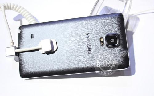 2K屏/骁龙805/金属边框 三星Note 4体验