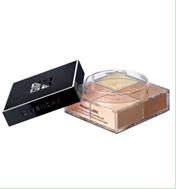 这款采用棱镜原理与超声波震动雾化技术创造出的散粉,粉质比普通散粉细腻1000倍的完美贴合粉妆,能够均匀肤色,提升肌肤的自然光泽,其芬芳迷人的优雅香味,也令无数粉丝着迷。