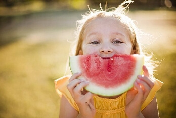 夏季宝宝适合吃西瓜吗