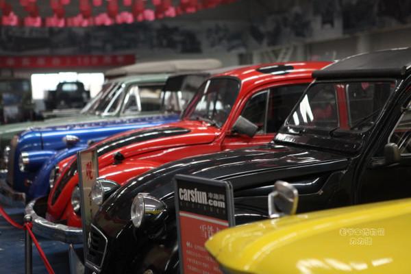 美国克莱斯勒四十年代末生产的迪索托汽车,宋庆龄曾用车.高清图片