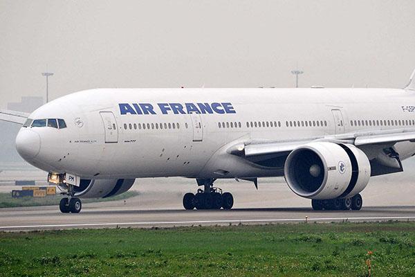 法航波音777
