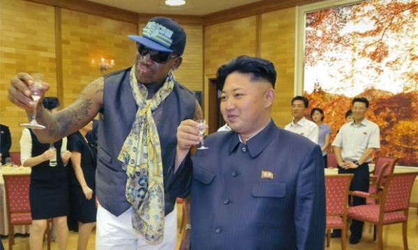 罗德曼与朝鲜的关系_罗德曼首述访朝故事:有人见到金正恩后哭25分钟-搜狐新闻