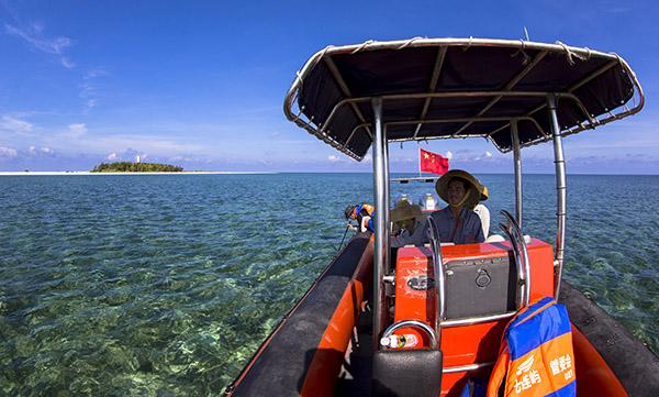 2014年10月,陈林成为一名社区综合管理人员,他负责驾驶交通船,管理赵述岛的海水淡化发电机房。随着七连屿的发展,聘用的公共服务管理人员越来越多。